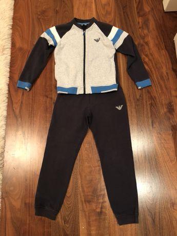 Продам Детский костюм Armani junior