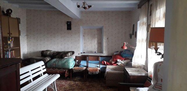 Продам недорогой домик в с .Граденицы
