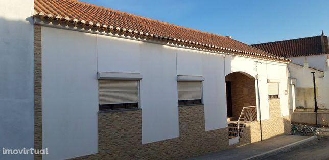 Moradia T4 Venda em Santa Clara-a-Nova e Gomes Aires,Almodôvar
