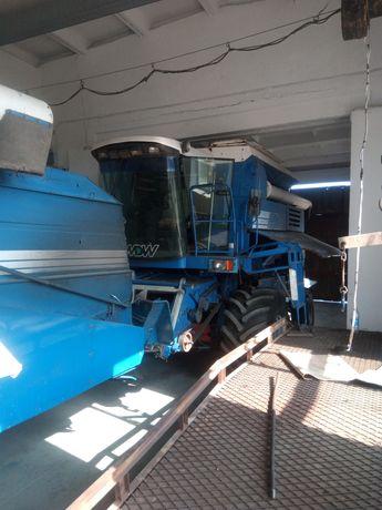Комбайн зерноуборочный MDW (Case)527