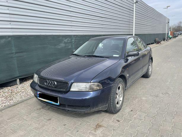 Audi A4 1.6 benzyna