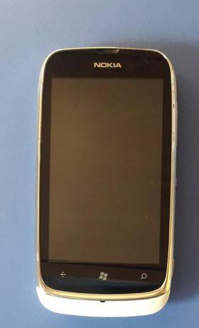 Продам телефон Nokia Lumia 610