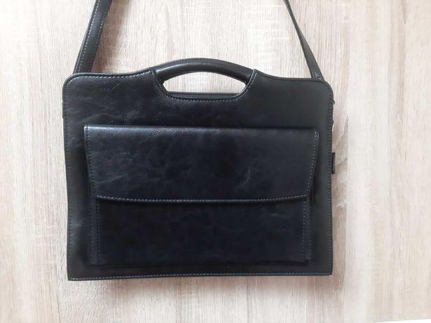 Nowa torebka typu aktówka