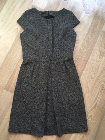 Теплое платье Oodji размер L трикотаж плотное теплое