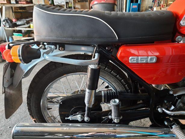 Ява мотор колесо