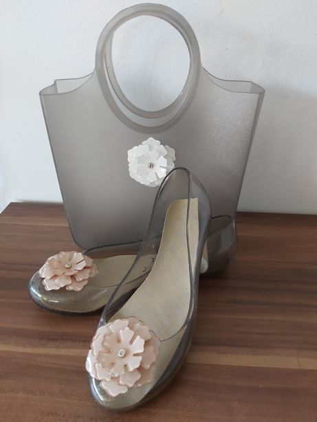 GUESS balerinki+torebka GUESS zestaw beż kwiaty gumowe balerinki