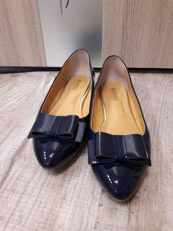 Туфли балетки женкие кожаные