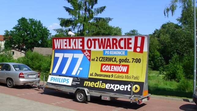 Reklama mobilna, przyczepa reklamowa, mobilny billboard.