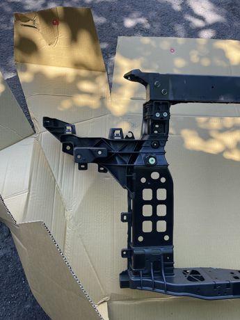 Панель радиатора передняя Kia SORENTO 2015 2016 2017 2018 usa