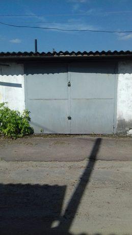 """Продам гарний гараж в кооперативі """"Схід"""" з охороною."""