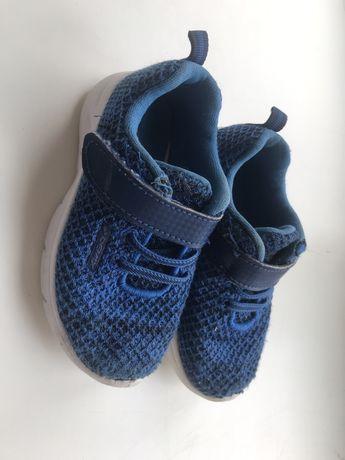 Легкие кроссовки 25 размер demix