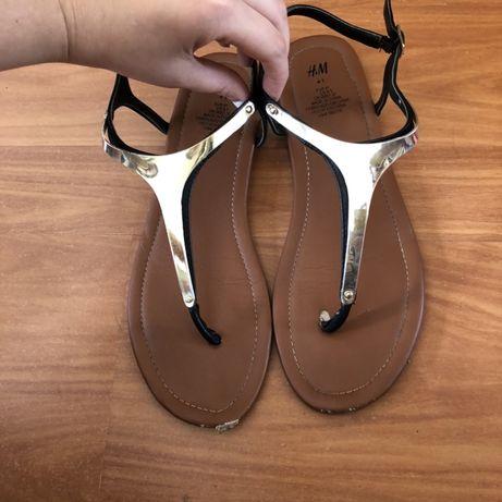 Sandálias da H&M