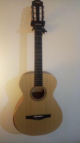 Guitarra Taylor Academy 12eN Nylon String