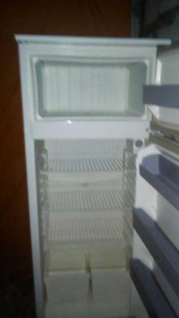 Продам двокамерного холодильника