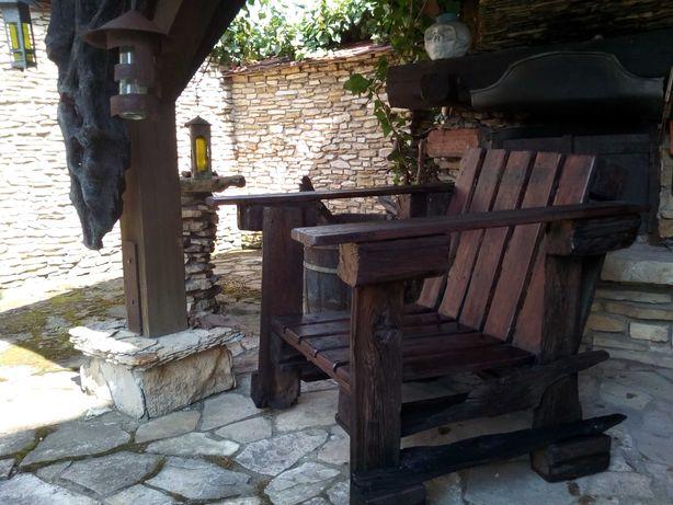 Meble ogrodowe fotel z palet i starego drewna