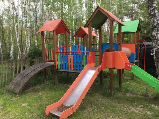 Plac zabaw dla dzieci - bezpieczny
