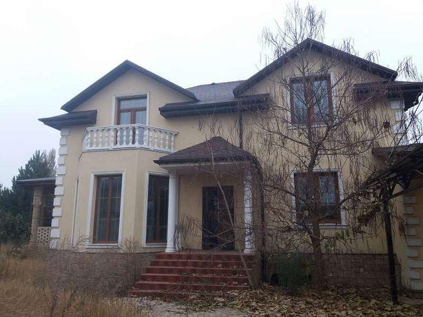 Продам новый дом с большим участком в районе Куйбышевского РИКа.