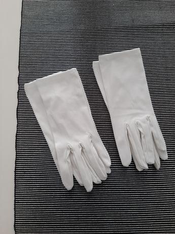 Rękawiczki ślubne