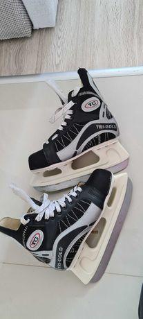 Łyżwy hokejowe 38