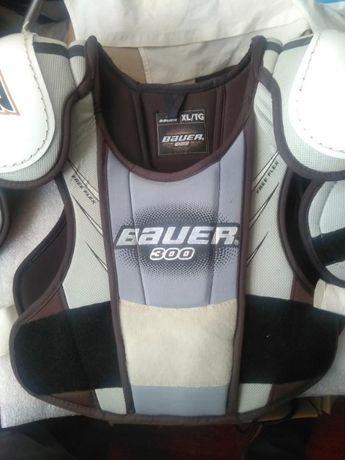 Bauer 300 XL нагрудник хоккейный как новый