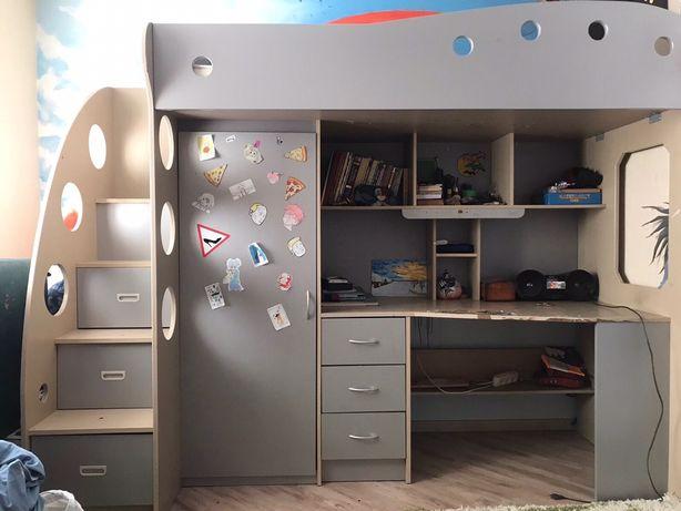 СРОЧНО!!! Кровать двухярусная с матрасом, стол, шкаф, комод