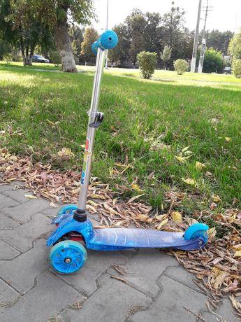 Самокат 3-х колесный iTrike (Голубой)