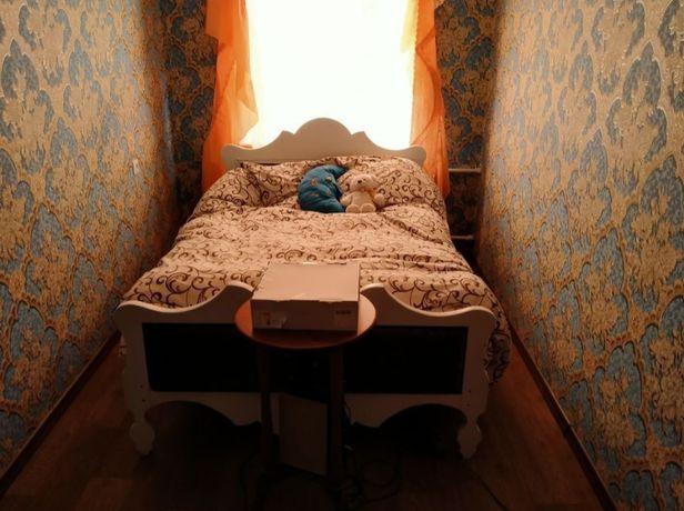 *Продам 2-кімнатну квартиру по вул. Вернигори. Р-н ЖД