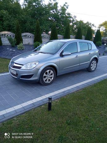 Opel Astra H 2008r.