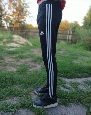 Оригинальные штаны Adidas