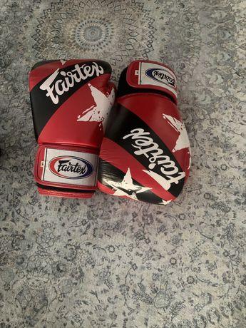 Luvas de Boxe / Muay Thai FAIRTEX