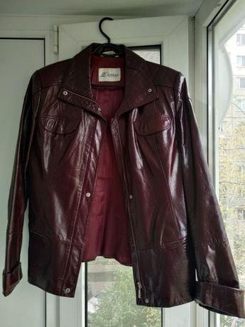 Кожаная куртка-пиджачок