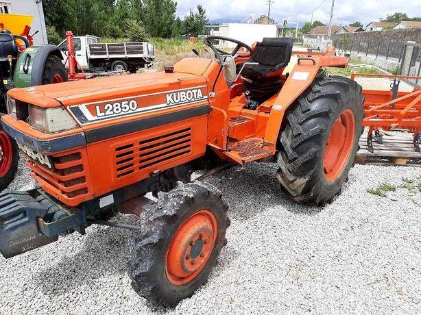 Trator Kubota L 2850