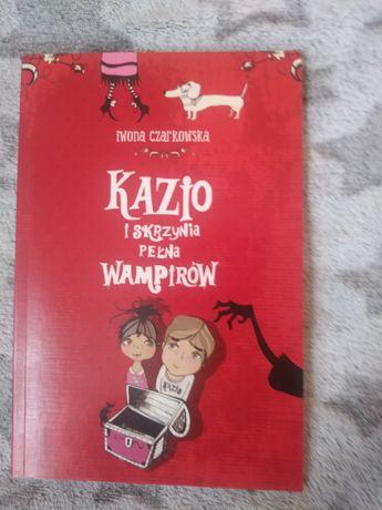 Iwona Czarkowska, Kazio i skrzynia pełna wampirów, j. Nowa