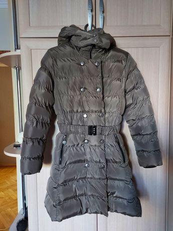 Продам зимнюю курточку в идеальном состоянии