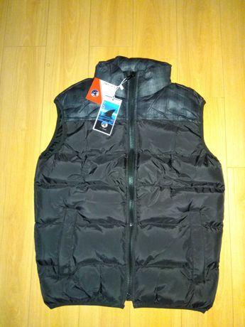 Новая фирменная супер куртка безрукавка U&Shark на 44-46 размер