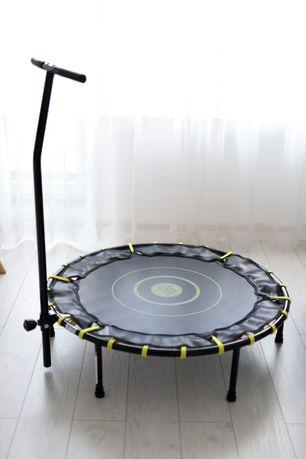 Trampolina fitness z uchwytem