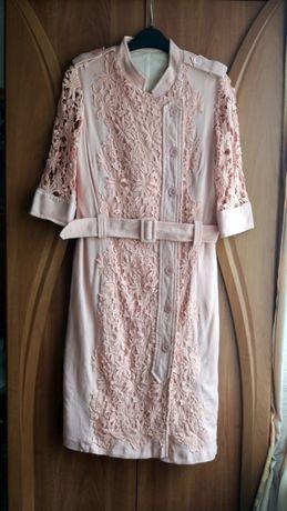 Платье нарядное торжественое футляр халат кружево на свадьбу корпорати