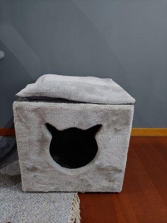 Cubo/casa para gatos