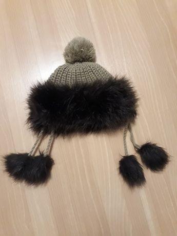 Brązowa czapka z futerkiem