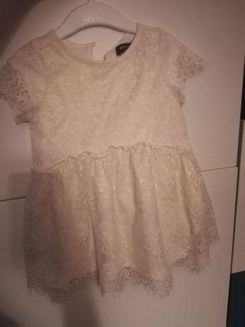 Koronkowa sukienka reserved idealna na święta
