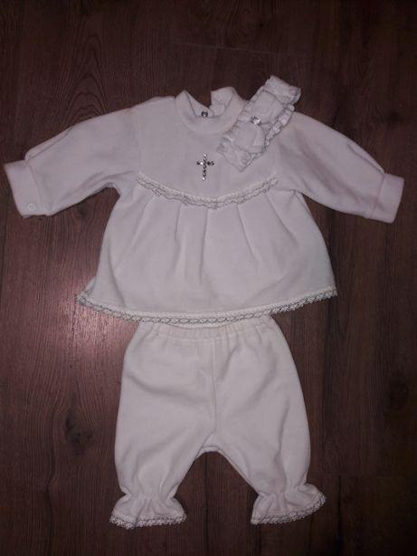Тепленький костюмчик для крещения для девочки