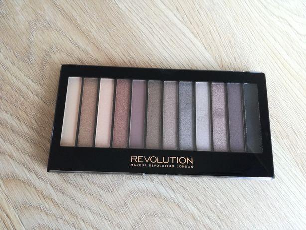 Paletka Revolution Jak Nowa Cieni cienie do powiek makeup makijaż