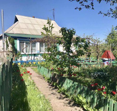 Будинок з присадибною ділянкою( с.Насташка)