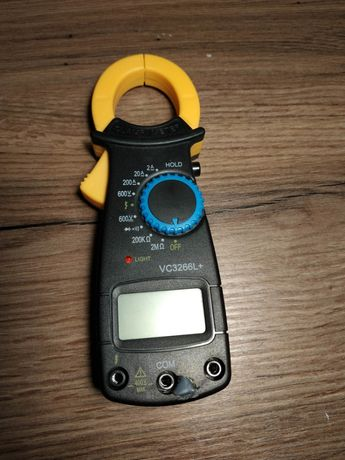 Multímetro digital de pinças