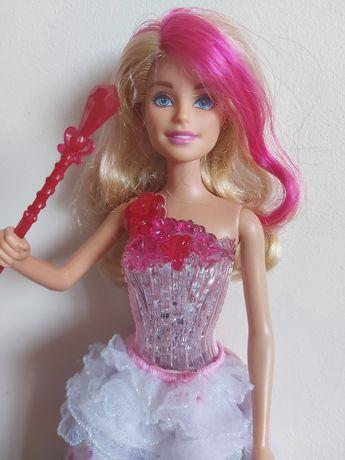Barbie księżniczka,magiczne melodie