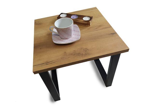 Stolik kawowy . Industrialny