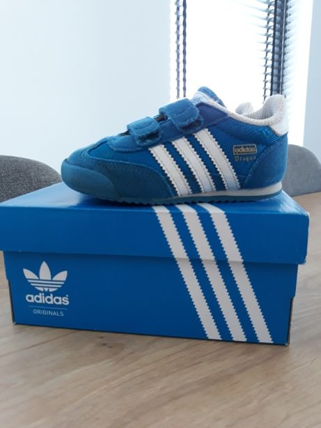buty sportowe firmy adidas rozmiar 23