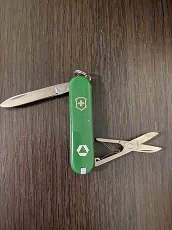 Продам мини швейцарский нож