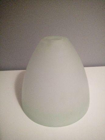 szklany klosz, żyrandol, mleczne szkło