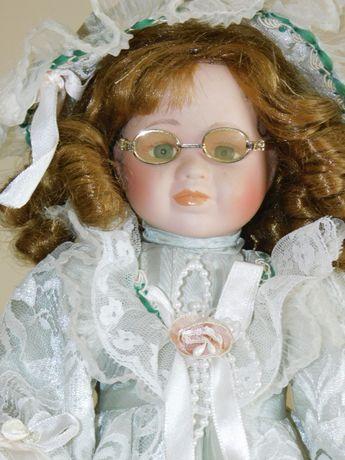 Stara kolekcjonerska lalka porcelanowa